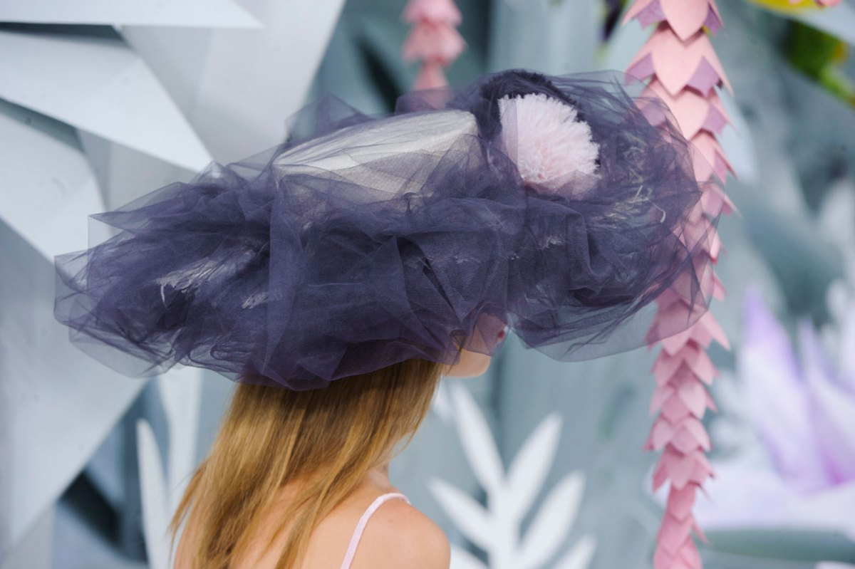 Chanel-fashion-runway-show-close-ups-haute-couture-paris-spring-summer-2015-the-impression-142