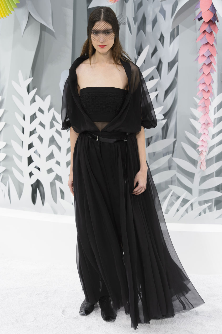 Chanel-fashion-runway-show-haute-couture-paris-spring-summer-2015-the-impression-076