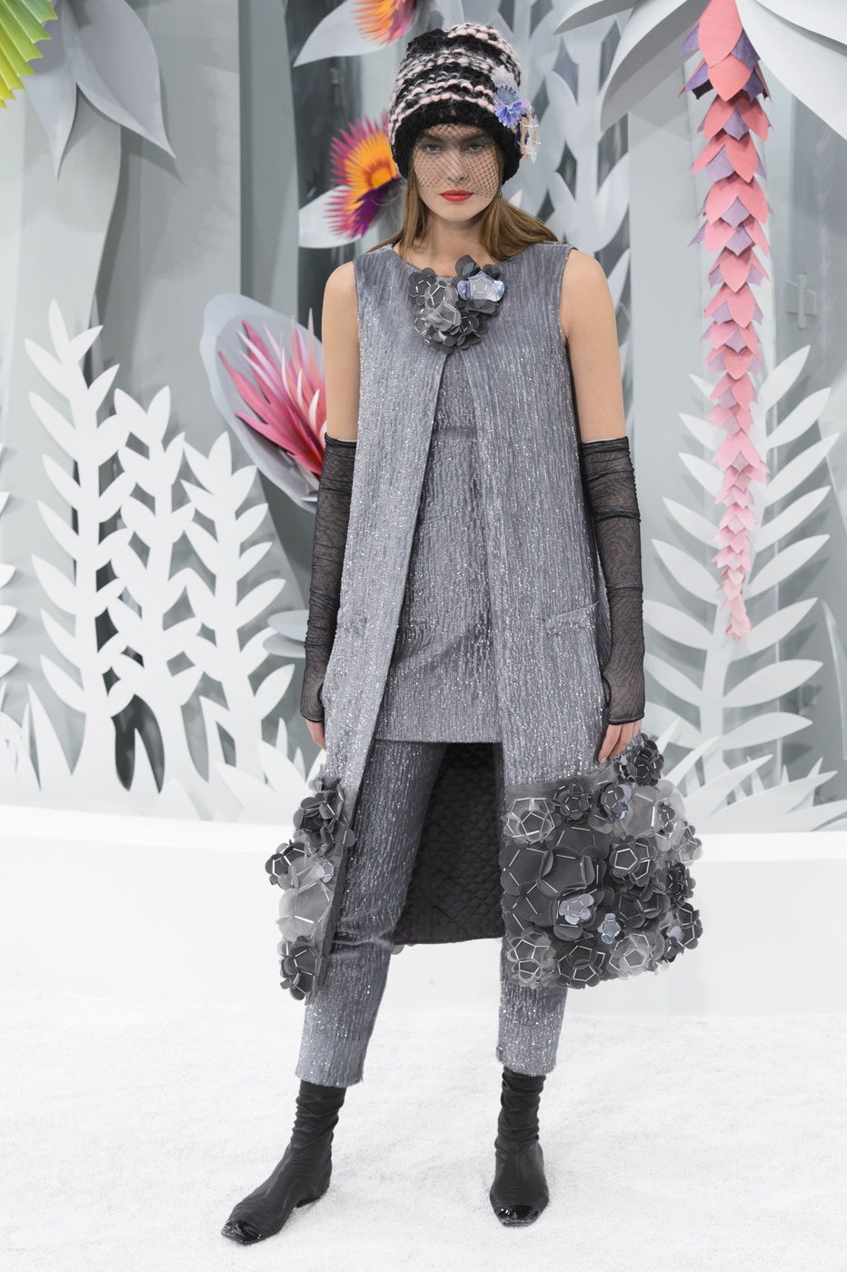 Chanel-fashion-runway-show-haute-couture-paris-spring-summer-2015-the-impression-109