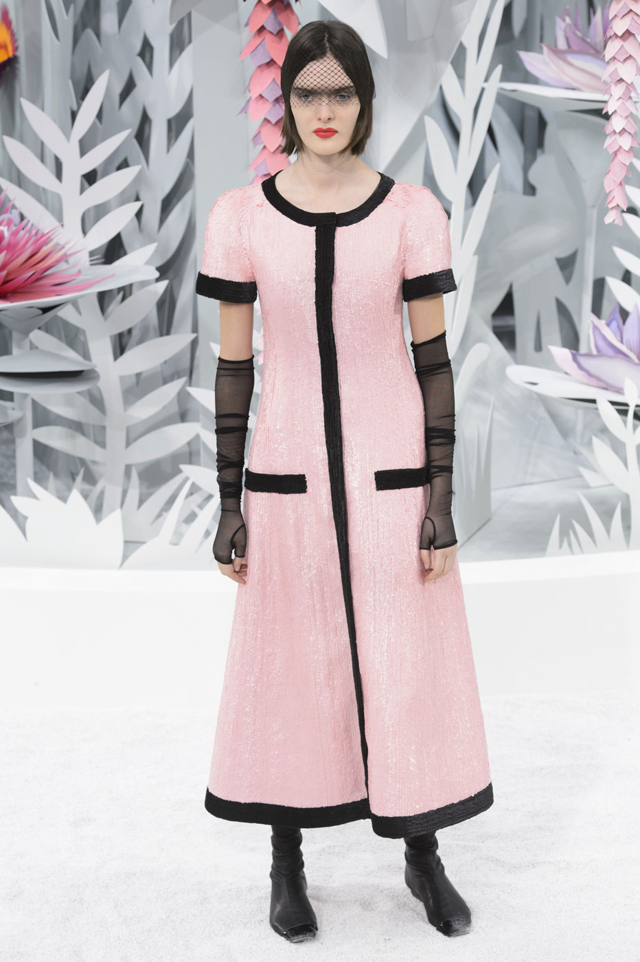 Chanel-fashion-runway-show-haute-couture-paris-spring-summer-2015-the-impression-115