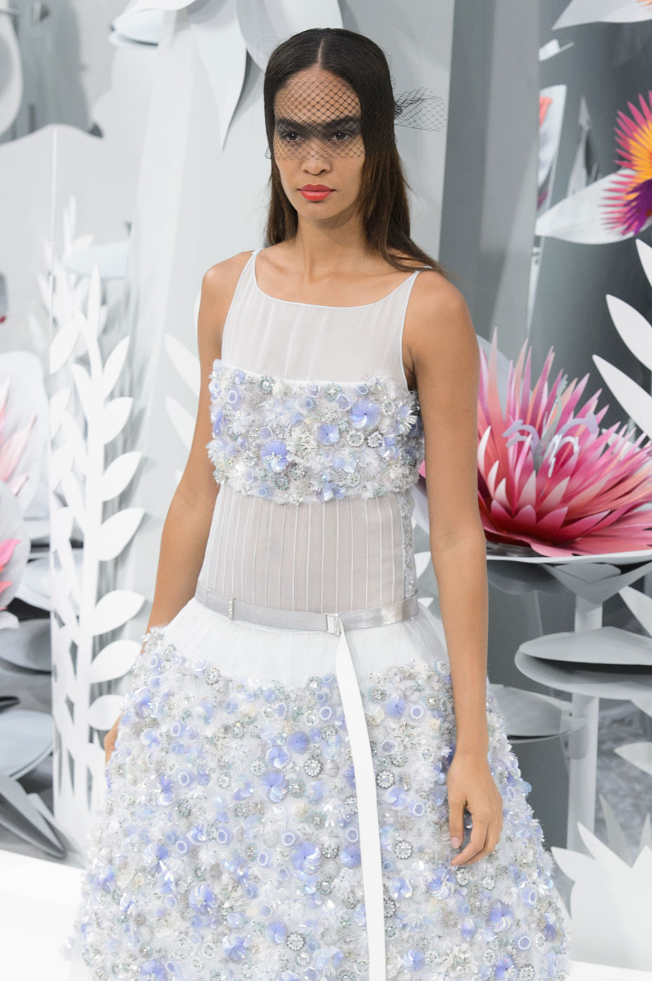 Chanel-fashion-runway-show-haute-couture-paris-spring-summer-2015-the-impression-134