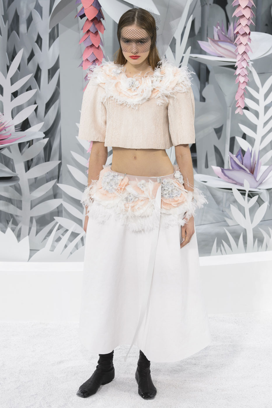 Chanel-fashion-runway-show-haute-couture-paris-spring-summer-2015-the-impression-141