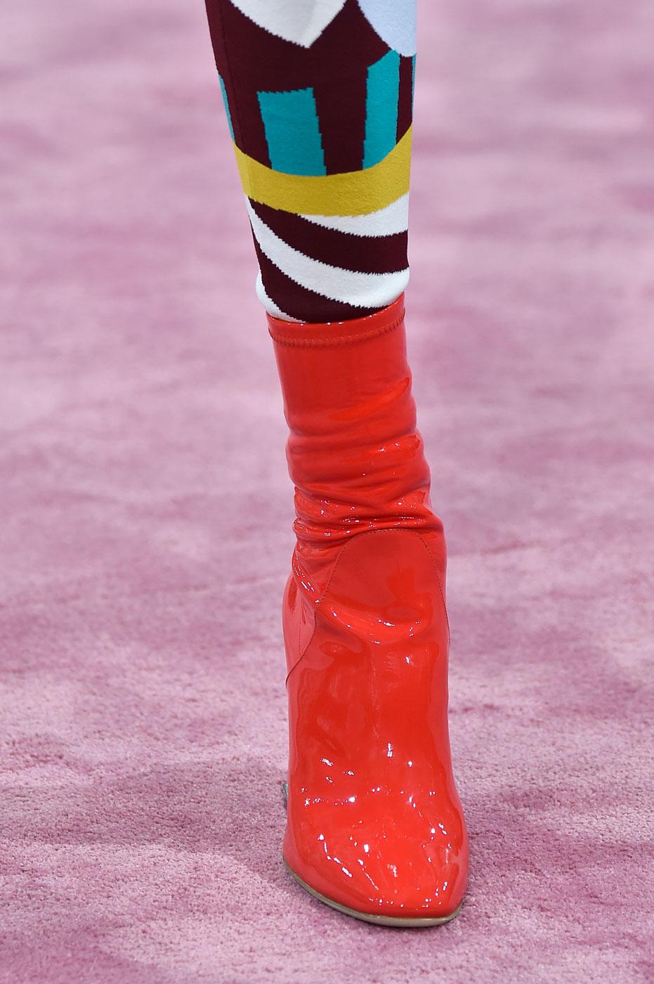 Christian-Dior-fashion-runway-show-close-ups-haute-couture-paris-spring-summer-2015-the-impression-019