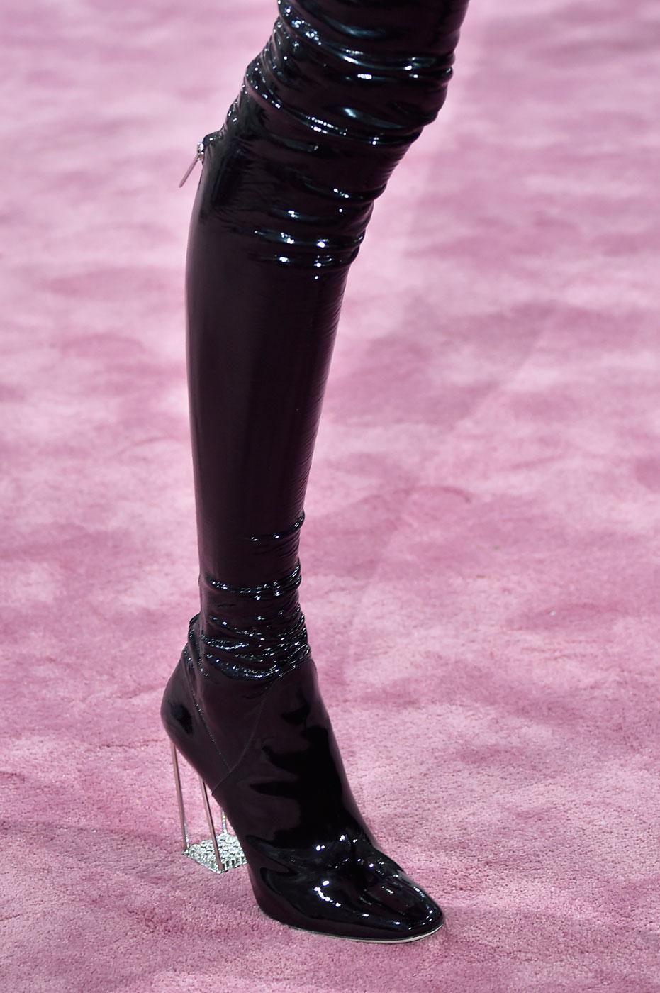 Christian-Dior-fashion-runway-show-close-ups-haute-couture-paris-spring-summer-2015-the-impression-024