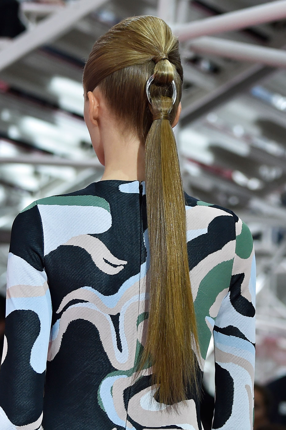 Christian-Dior-fashion-runway-show-close-ups-haute-couture-paris-spring-summer-2015-the-impression-046