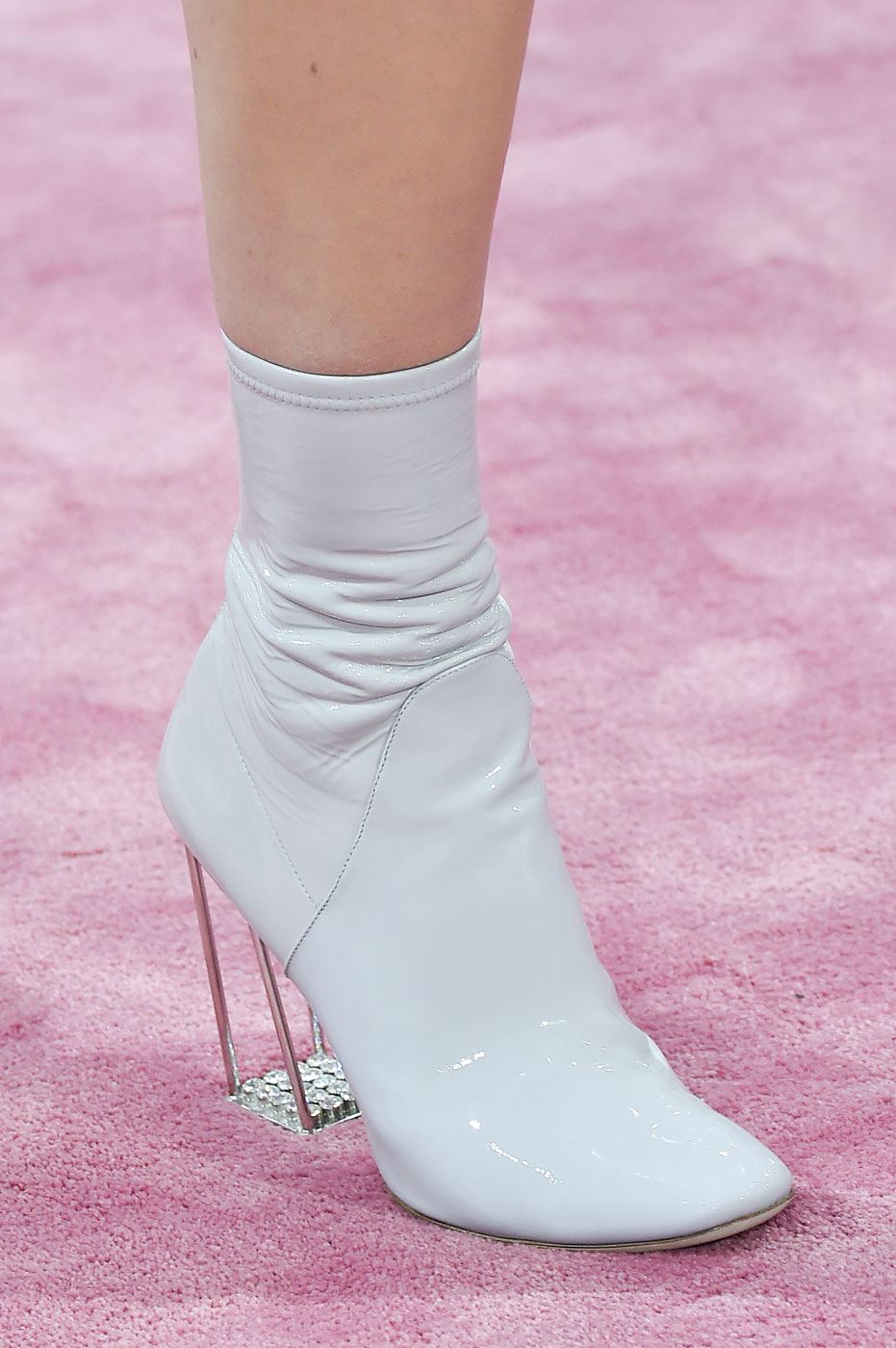 Christian-Dior-fashion-runway-show-close-ups-haute-couture-paris-spring-summer-2015-the-impression-082