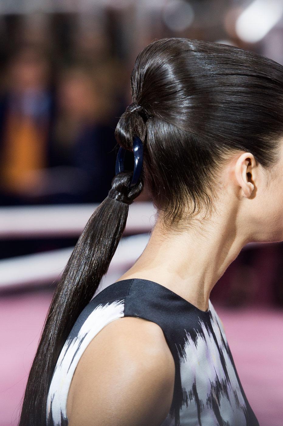 Christian-Dior-fashion-runway-show-close-ups-haute-couture-paris-spring-summer-2015-the-impression-184