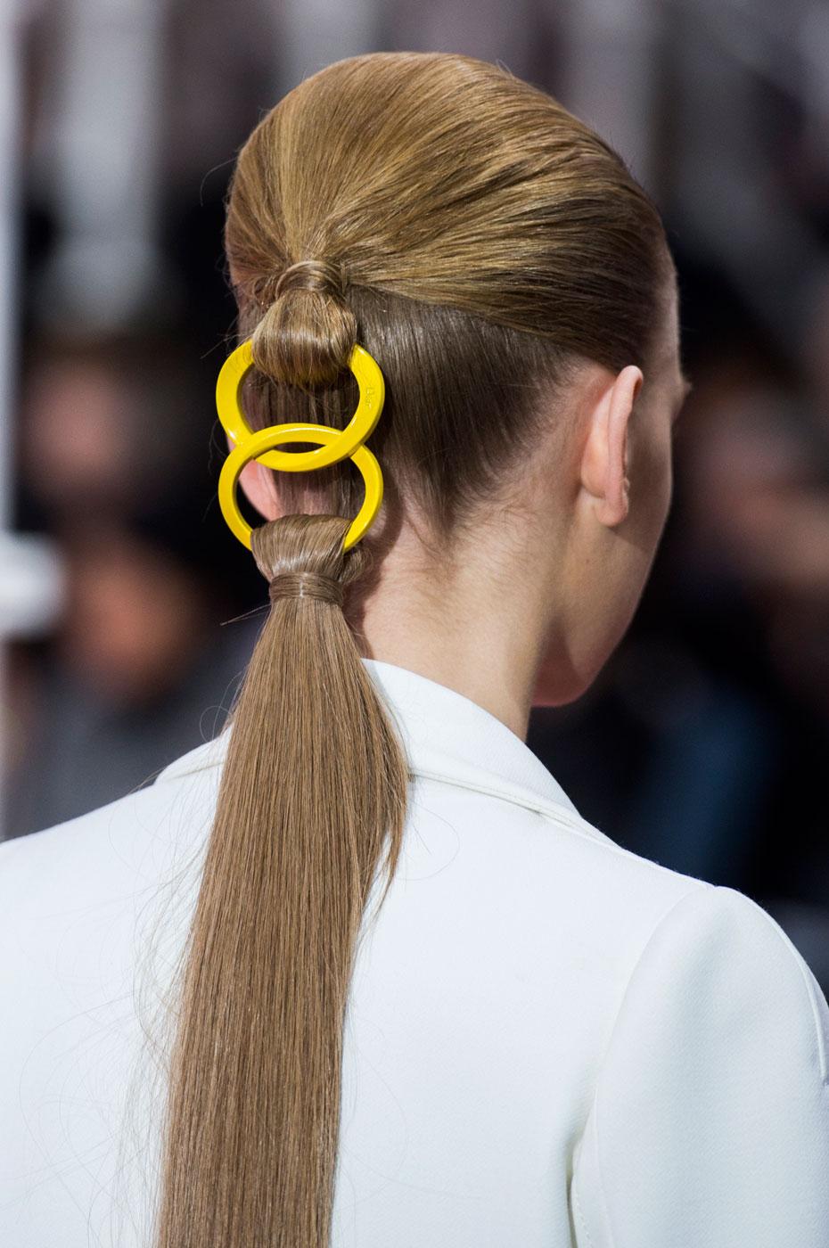 Christian-Dior-fashion-runway-show-close-ups-haute-couture-paris-spring-summer-2015-the-impression-195
