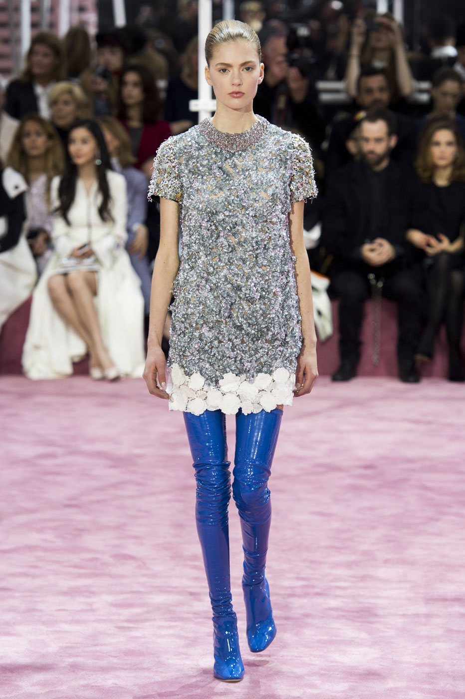 Christian-Dior-fashion-runway-show-haute-couture-paris-spring-summer-2015-the-impression-070
