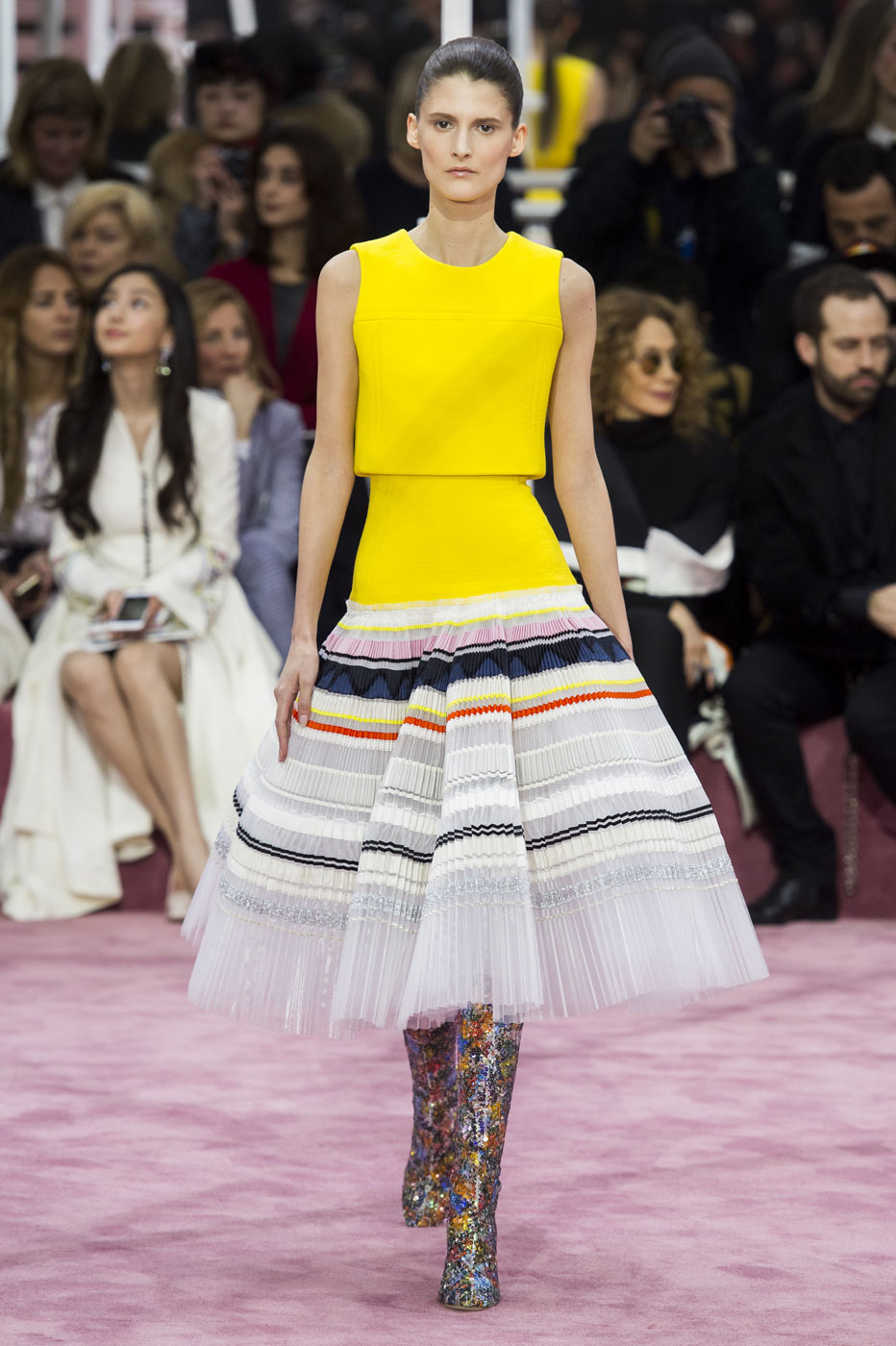 Christian-Dior-fashion-runway-show-haute-couture-paris-spring-summer-2015-the-impression-094