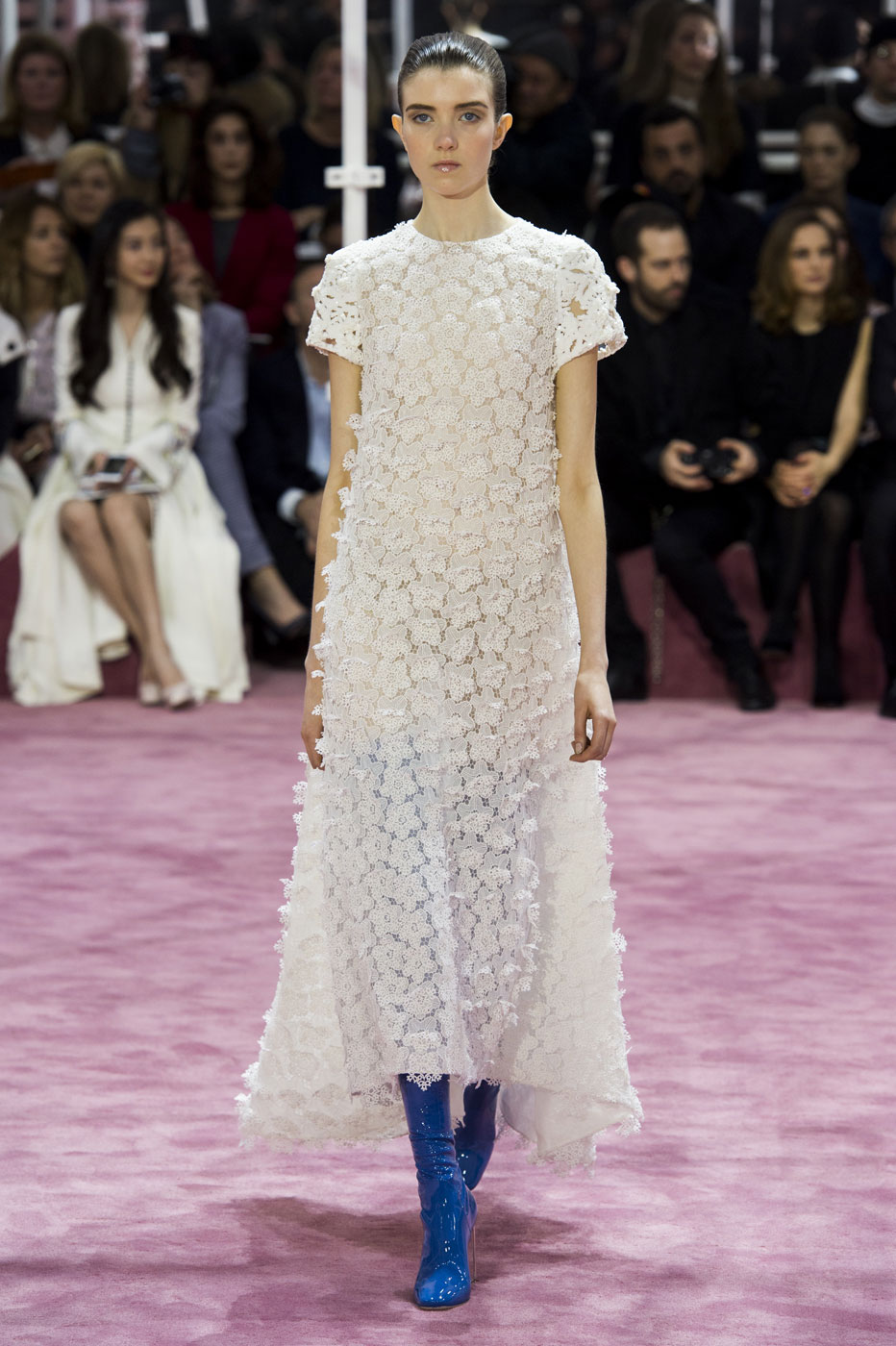 Christian-Dior-fashion-runway-show-haute-couture-paris-spring-summer-2015-the-impression-100