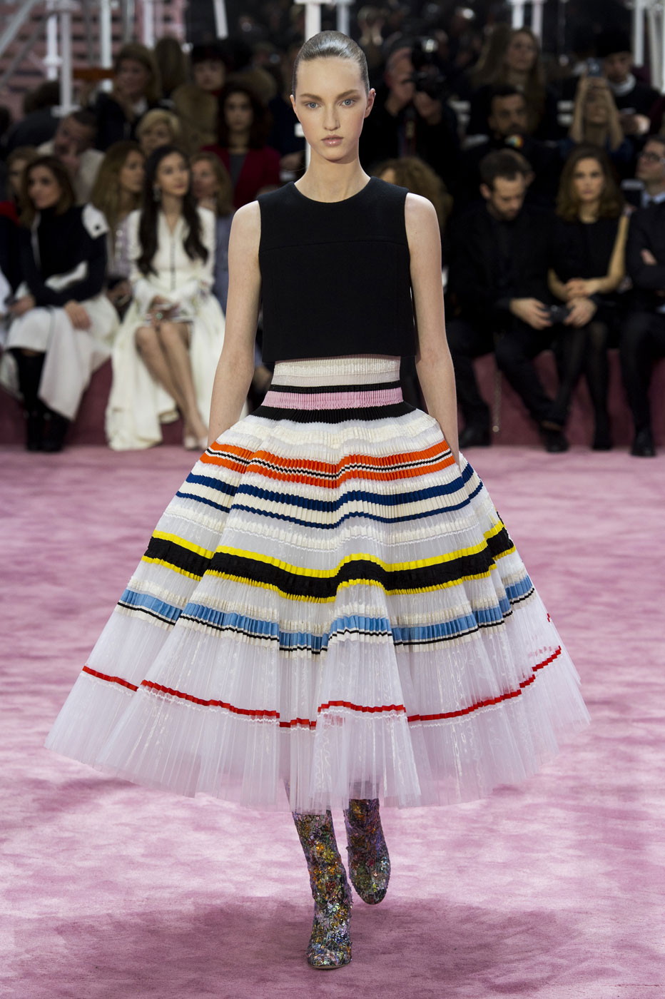 Christian-Dior-fashion-runway-show-haute-couture-paris-spring-summer-2015-the-impression-110
