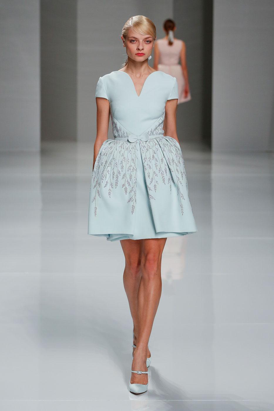 Georges-Hobeika-fashion-runway-show-haute-couture-paris-spring-2015-the-impression-03
