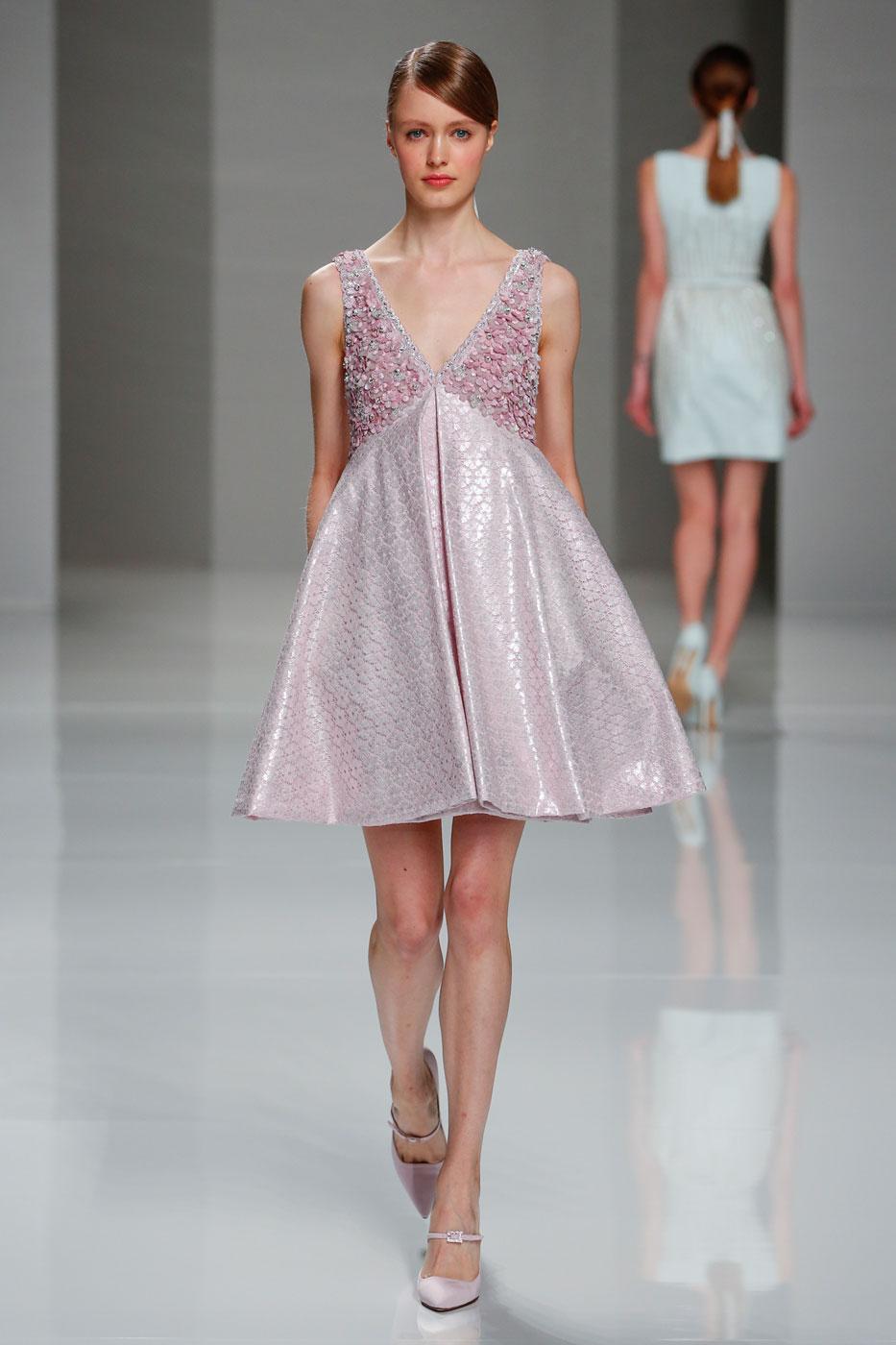 Georges-Hobeika-fashion-runway-show-haute-couture-paris-spring-2015-the-impression-09