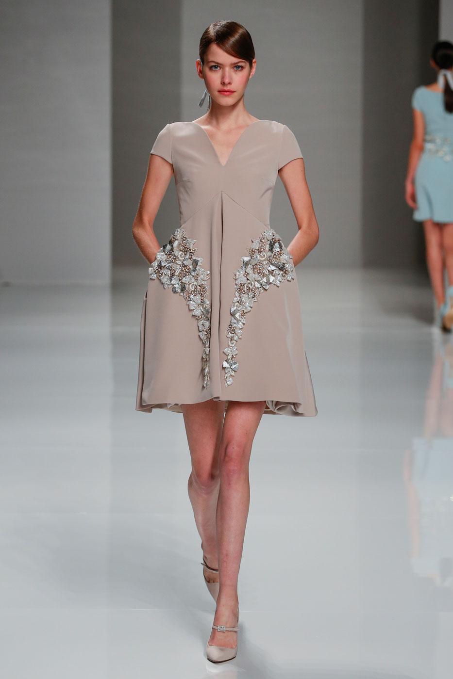 Georges-Hobeika-fashion-runway-show-haute-couture-paris-spring-2015-the-impression-29