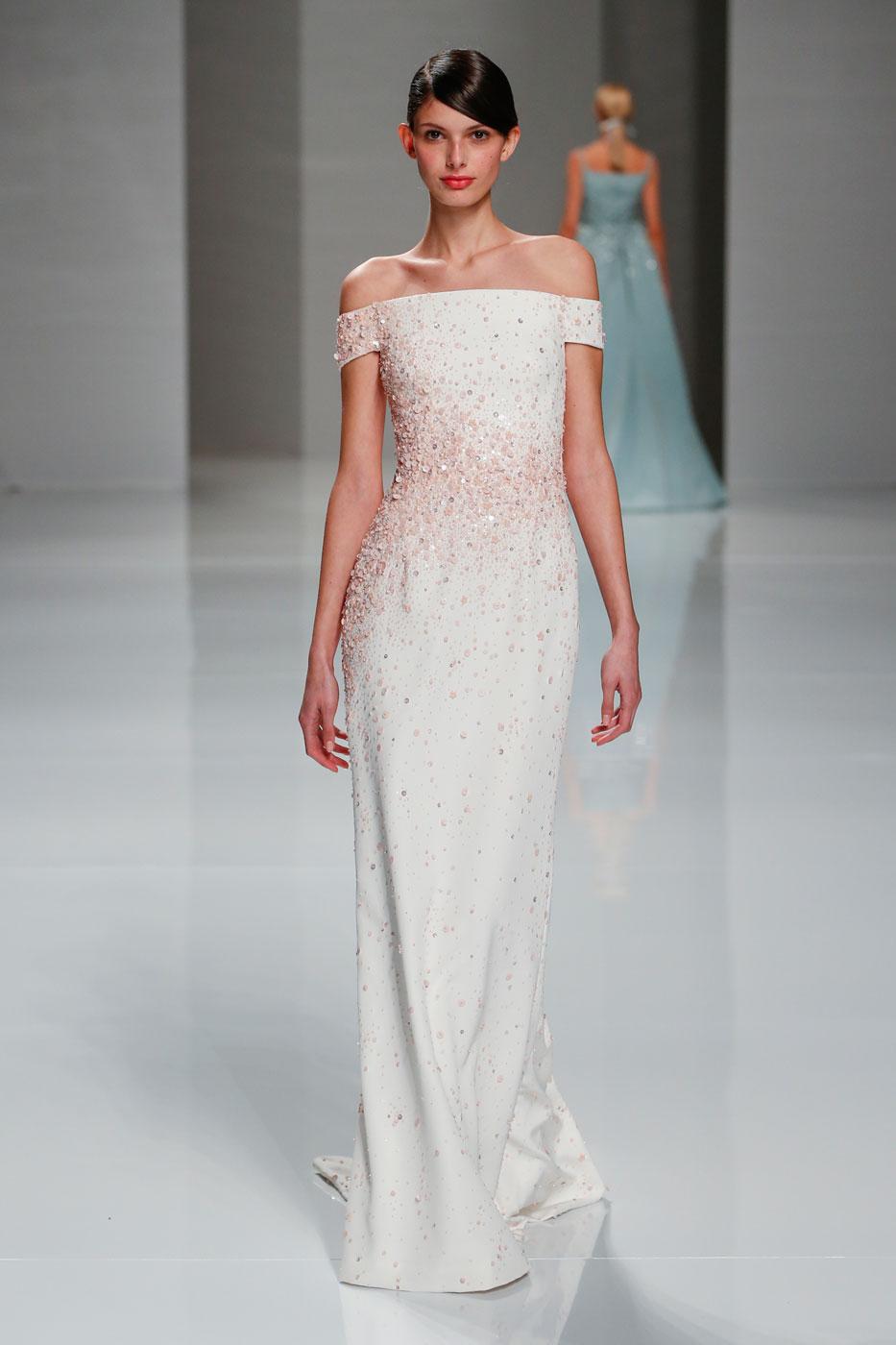 Georges-Hobeika-fashion-runway-show-haute-couture-paris-spring-2015-the-impression-47