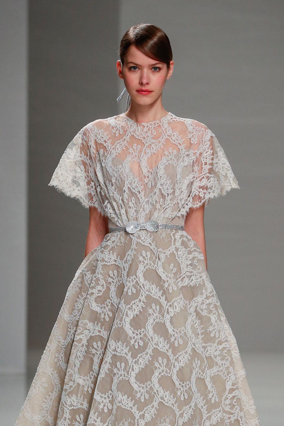 Georges-Hobeika-fashion-runway-show-haute-couture-paris-spring-2015-the-impression-60