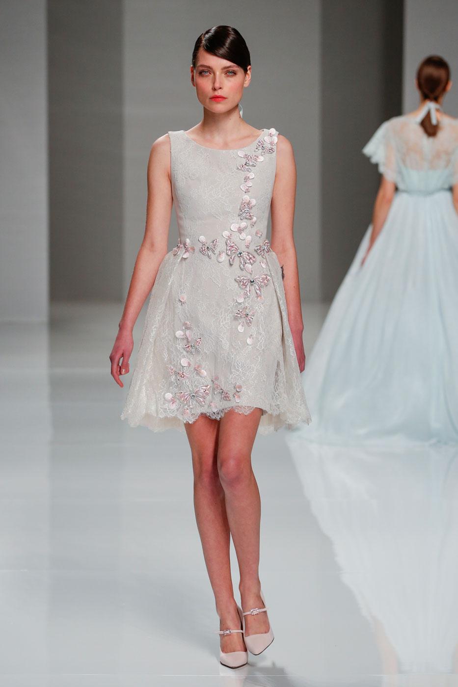 Georges-Hobeika-fashion-runway-show-haute-couture-paris-spring-2015-the-impression-63