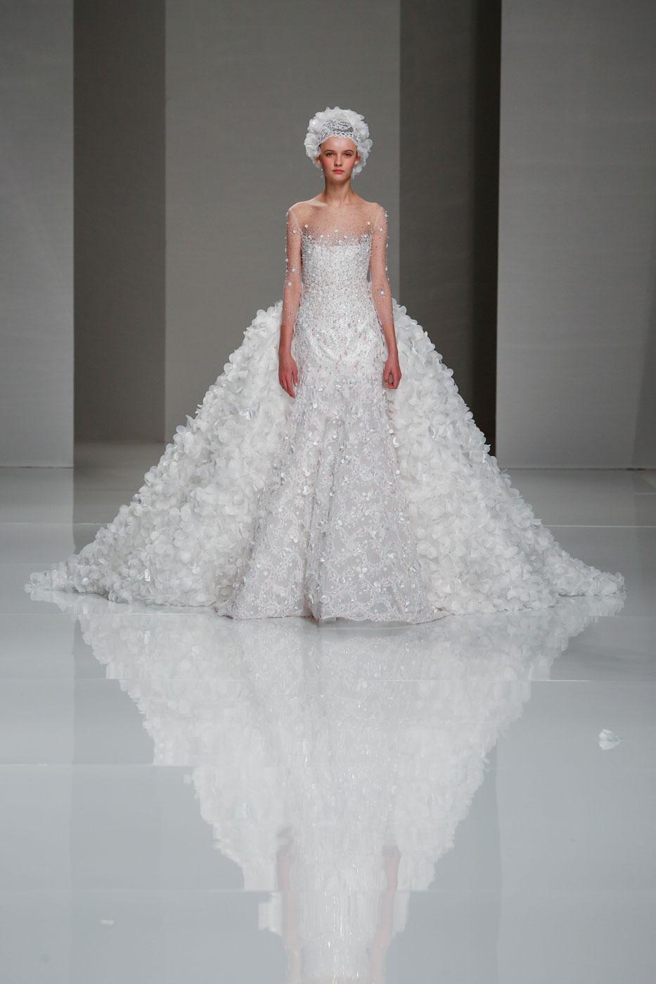 Georges-Hobeika-fashion-runway-show-haute-couture-paris-spring-2015-the-impression-85