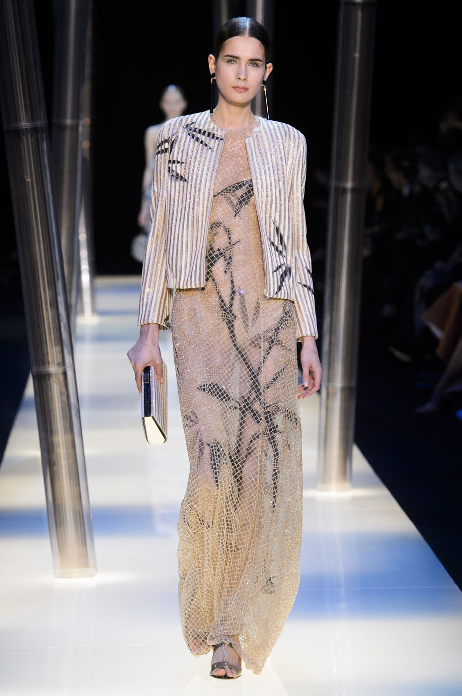Giorgio-armani-Prive-fashion-runway-show-haute-couture-paris-spring-2015-the-impression-093