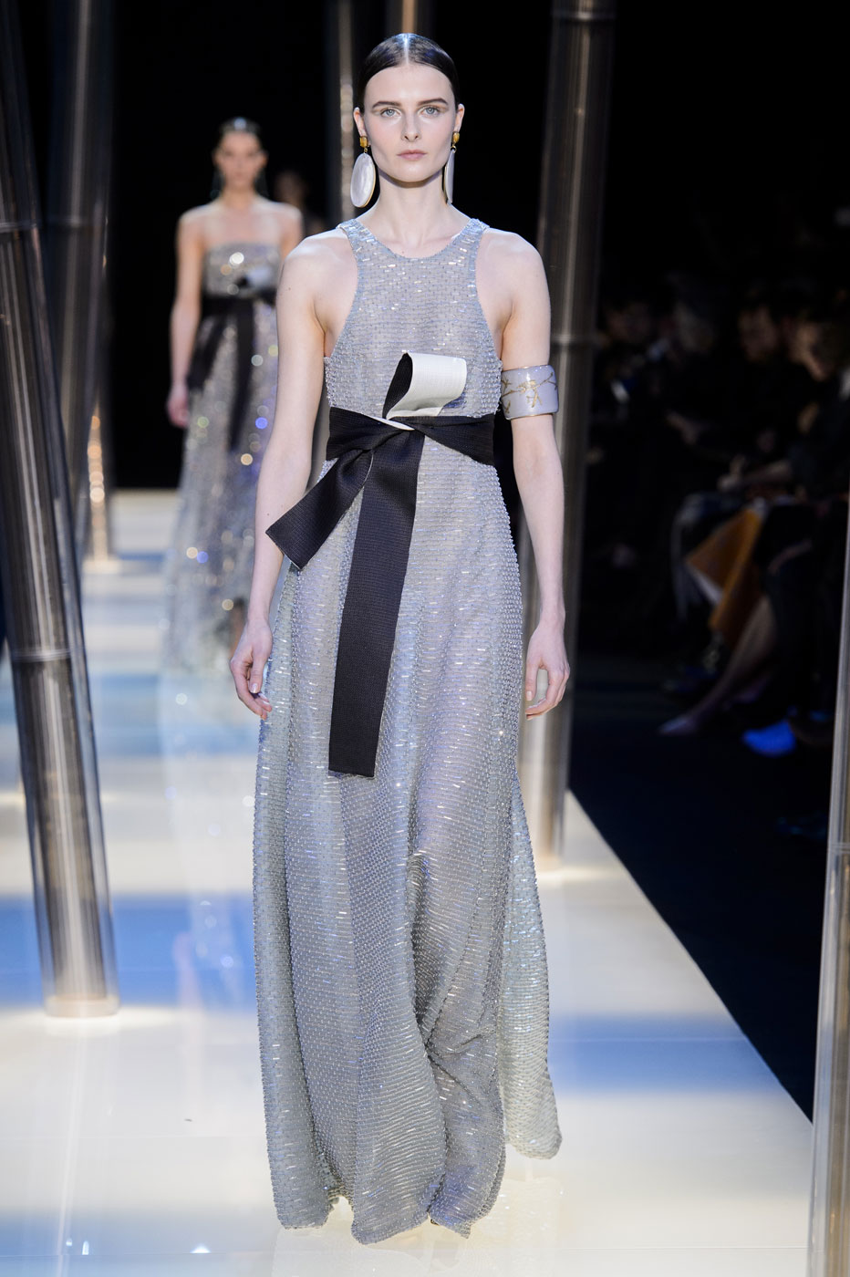 Giorgio-armani-Prive-fashion-runway-show-haute-couture-paris-spring-2015-the-impression-113