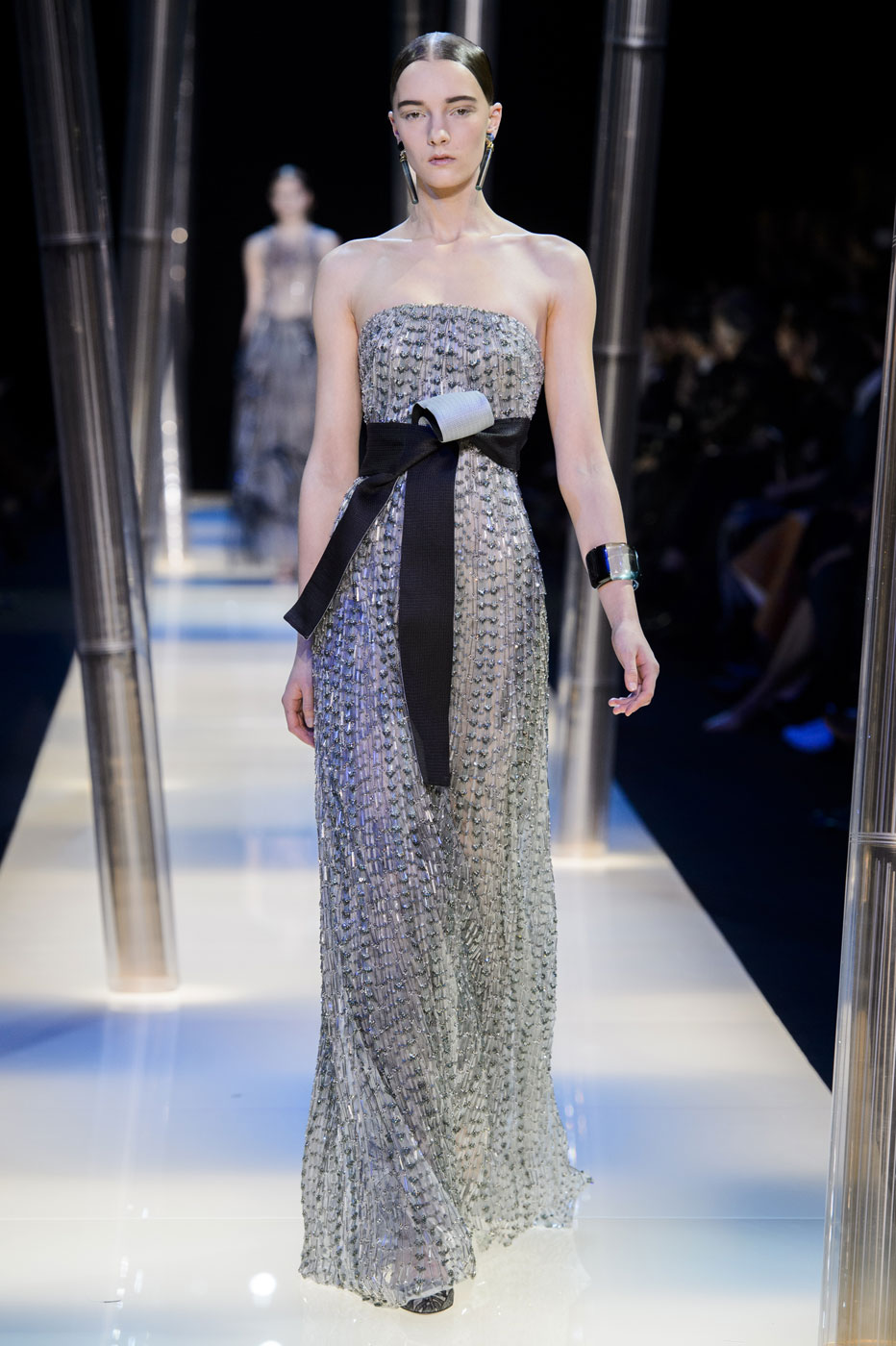 Giorgio-armani-Prive-fashion-runway-show-haute-couture-paris-spring-2015-the-impression-115