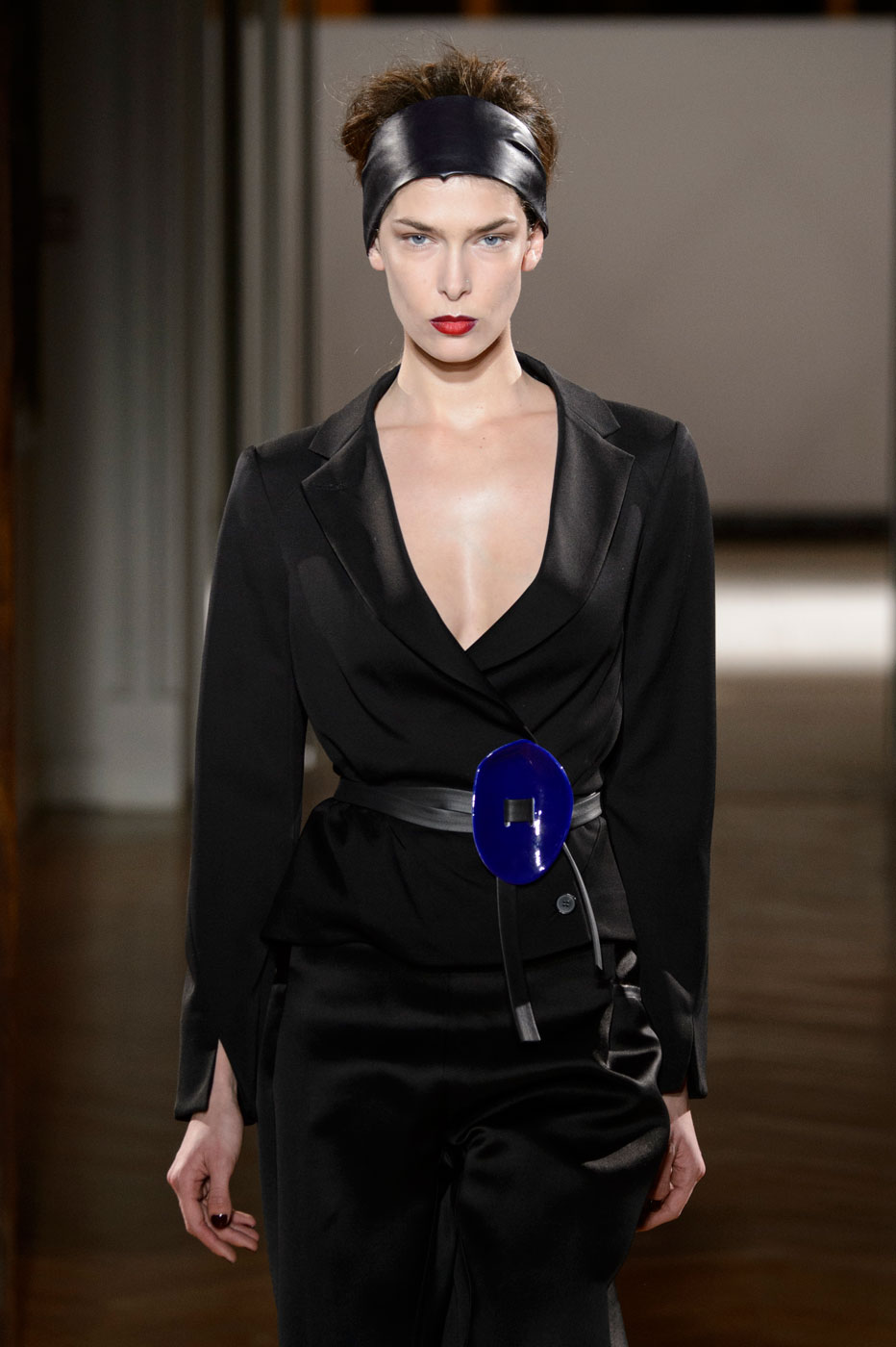 Gustavolins-Prive-fashion-runway-show-haute-couture-paris-spring-2015-the-impression-40