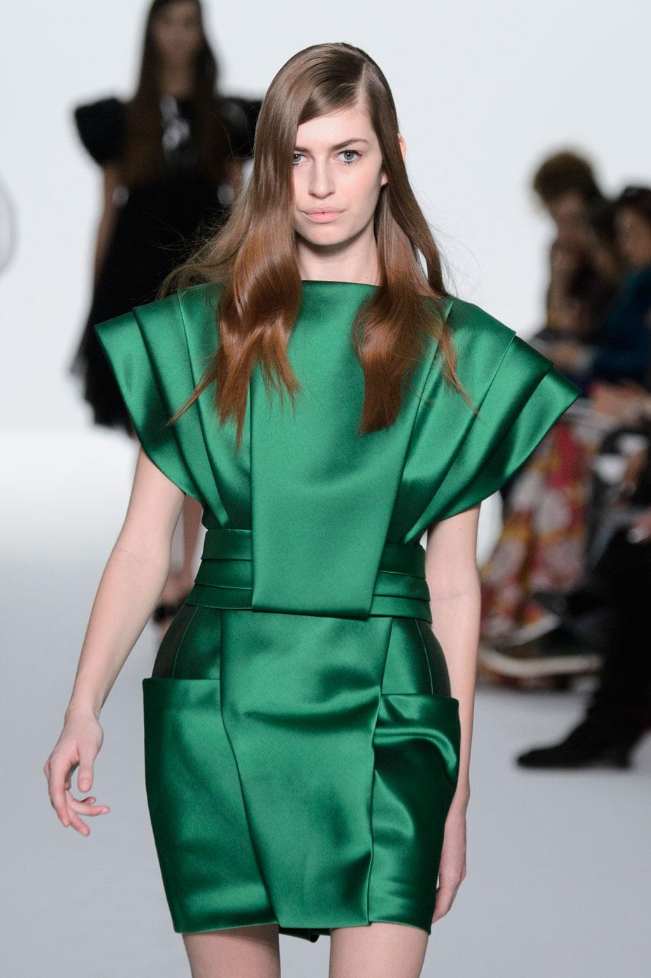 Kayek-fashion-runway-show-haute-couture-paris-spring-summer-2015-the-impression-32
