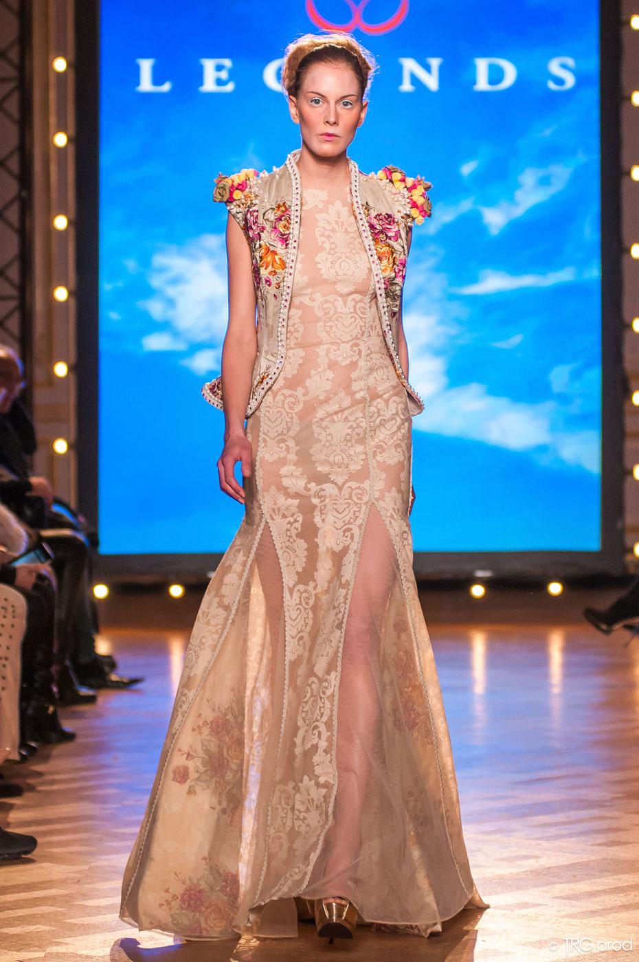 Legends-fashion-runway-show-haute-couture-paris-spring-2015-the-impression-16