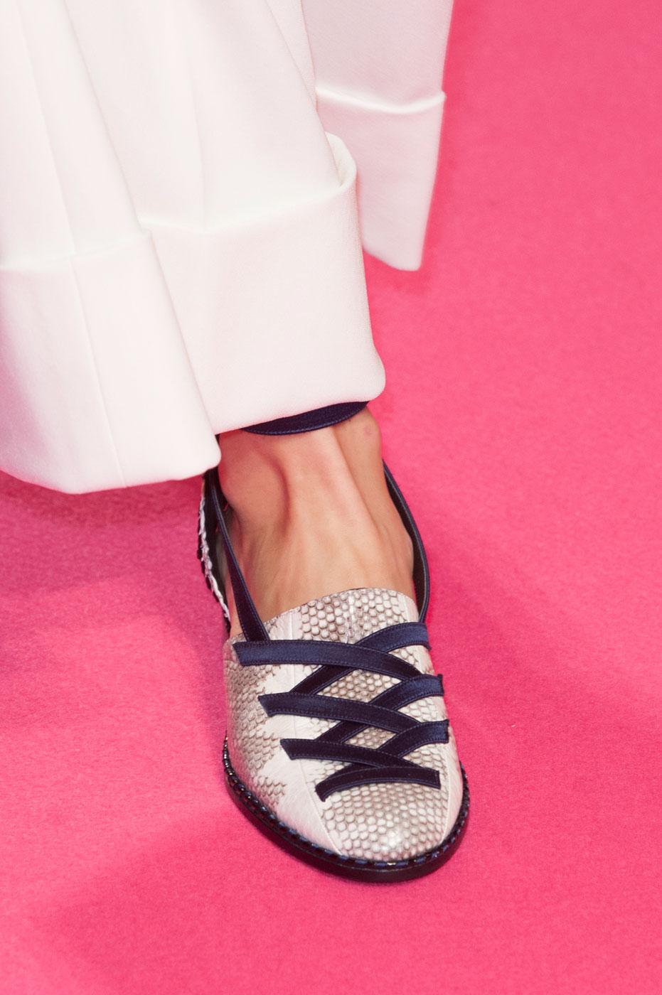 Schiaparelli-fashion-runway-show-close-ups-haute-couture-paris-spring-summer-2015-the-impression-10