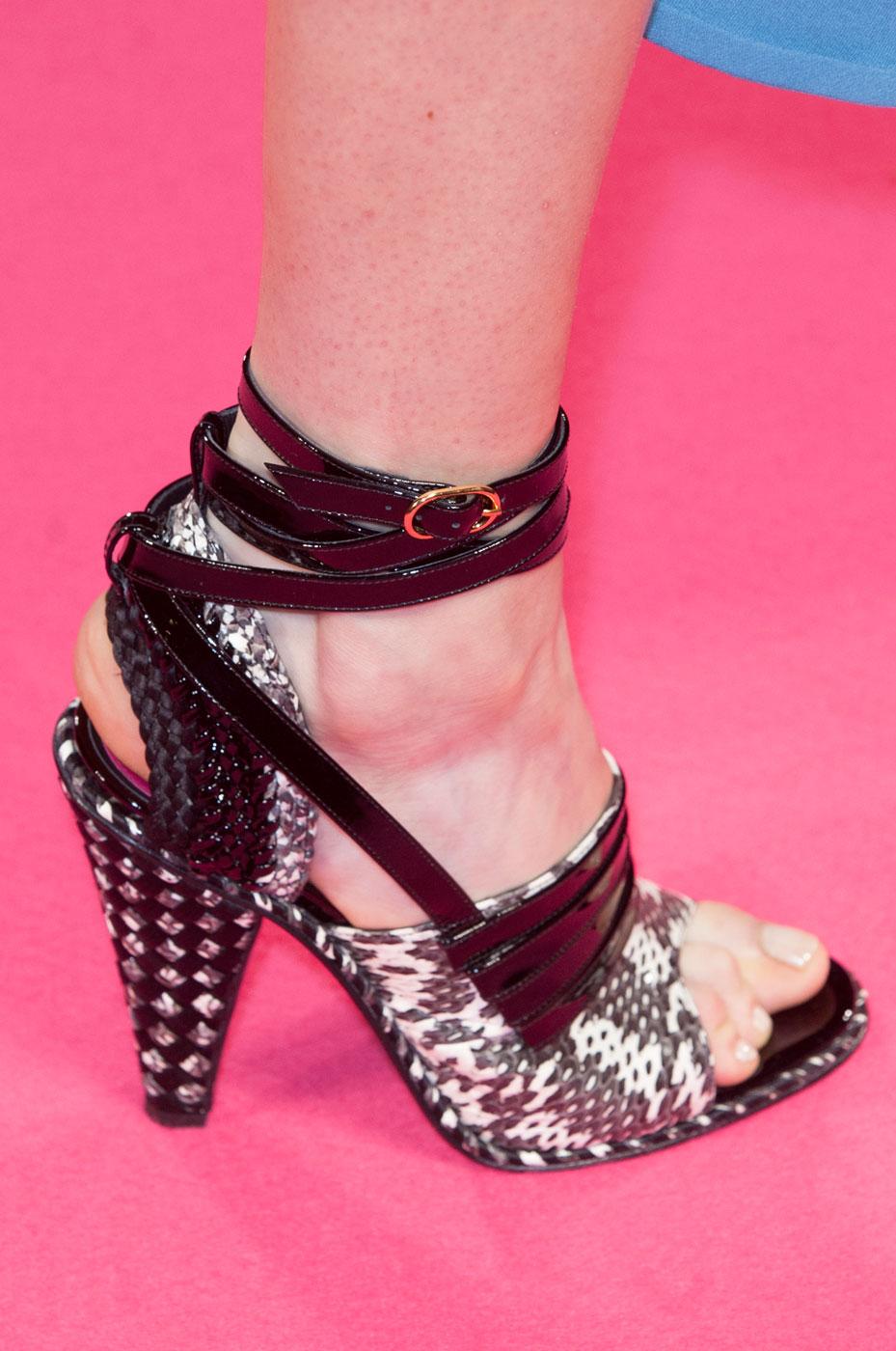 Schiaparelli-fashion-runway-show-close-ups-haute-couture-paris-spring-summer-2015-the-impression-17