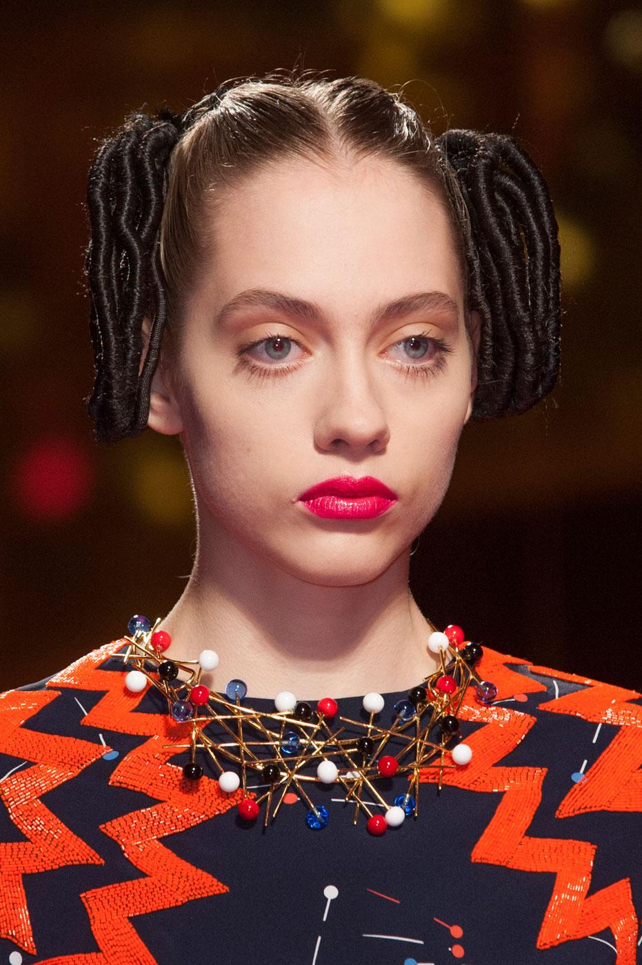 Schiaparelli-fashion-runway-show-close-ups-haute-couture-paris-spring-summer-2015-the-impression-35