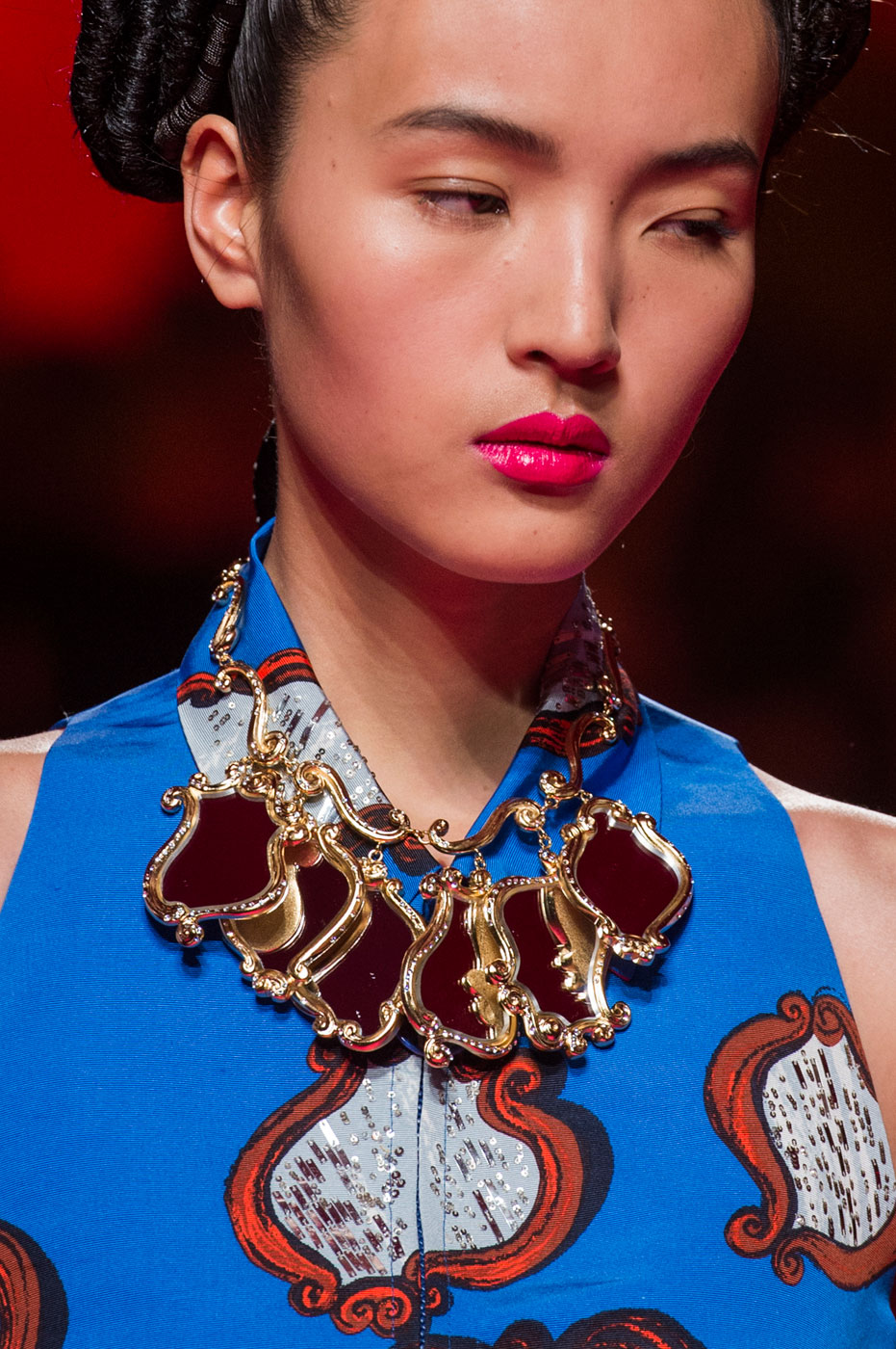 Schiaparelli-fashion-runway-show-close-ups-haute-couture-paris-spring-summer-2015-the-impression-42