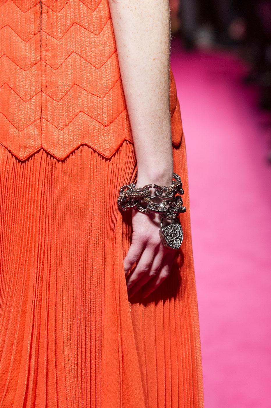 Schiaparelli-fashion-runway-show-close-ups-haute-couture-paris-spring-summer-2015-the-impression-53