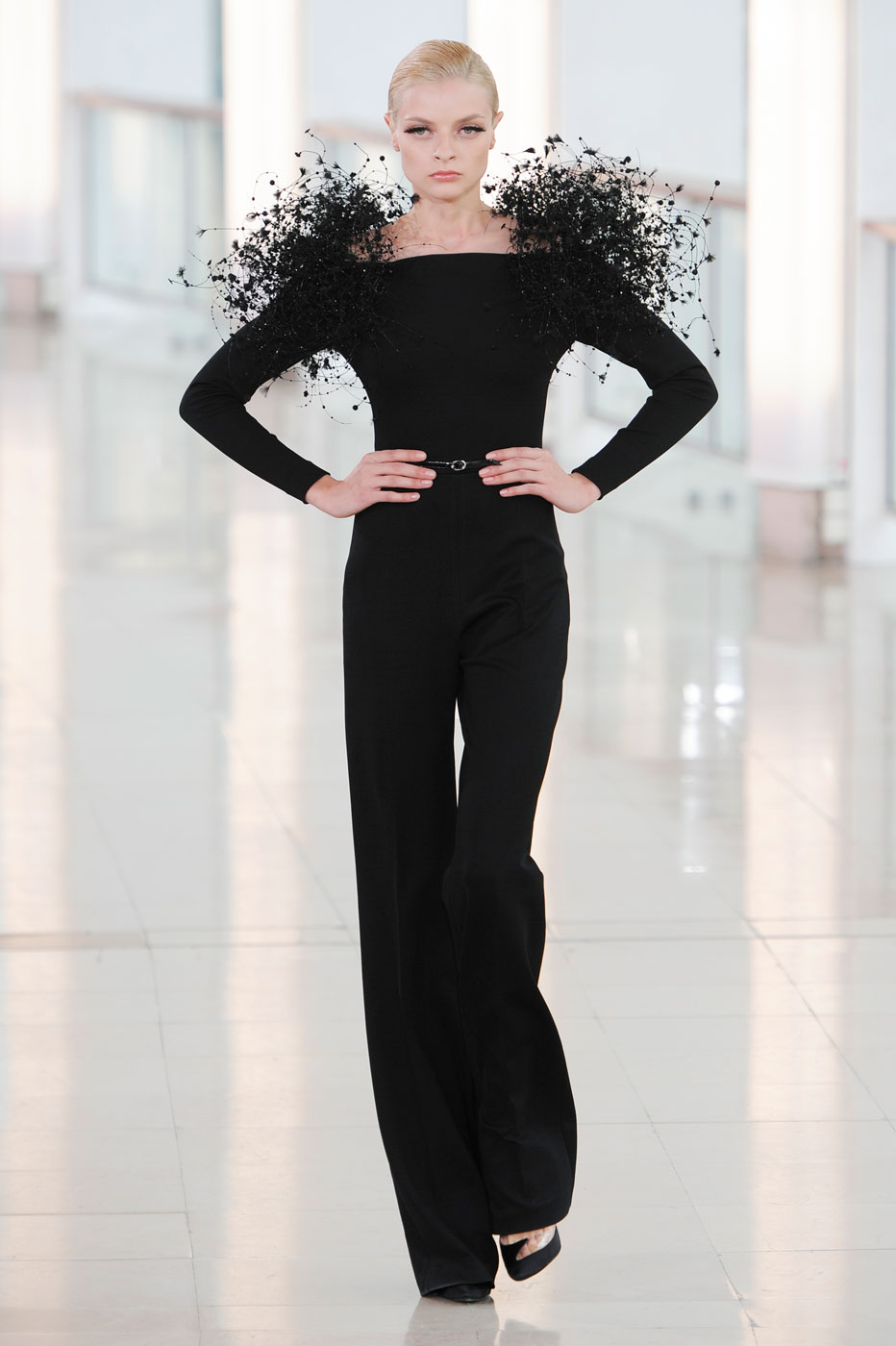 stephane-rolland-fashion-runway-show-haute-couture-paris-spring-2015-the-impression-09