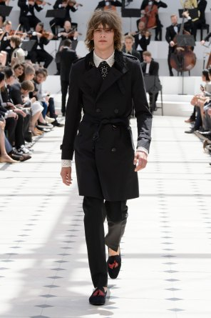 BURBERRY-PRORSUM-spring-2016-mens-show-the-impression-41