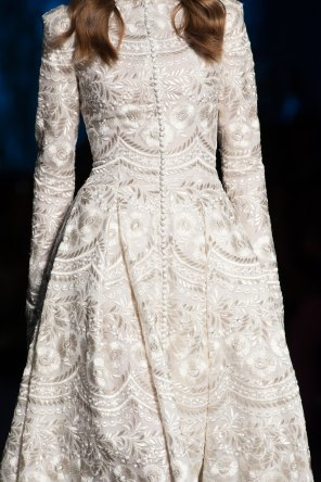 RALPH-and-RUSSO-close-ups-fall-2015-couture-the-impression-001