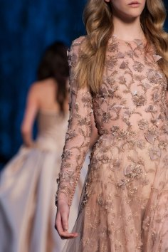 RALPH-and-RUSSO-close-ups-fall-2015-couture-the-impression-024