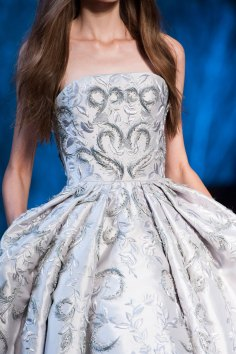 RALPH-and-RUSSO-close-ups-fall-2015-couture-the-impression-049