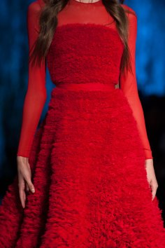 RALPH-and-RUSSO-close-ups-fall-2015-couture-the-impression-095