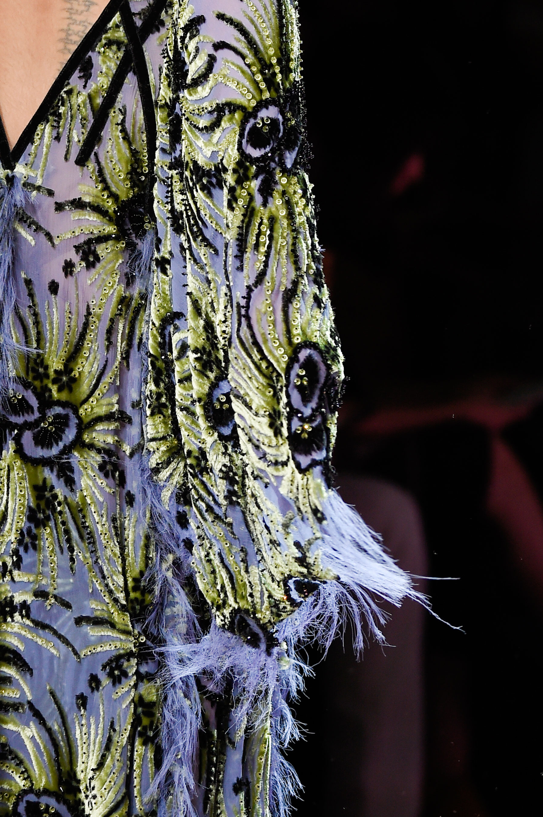 atelier-versace-close-ups-fall-2015-couture-the-impression-059