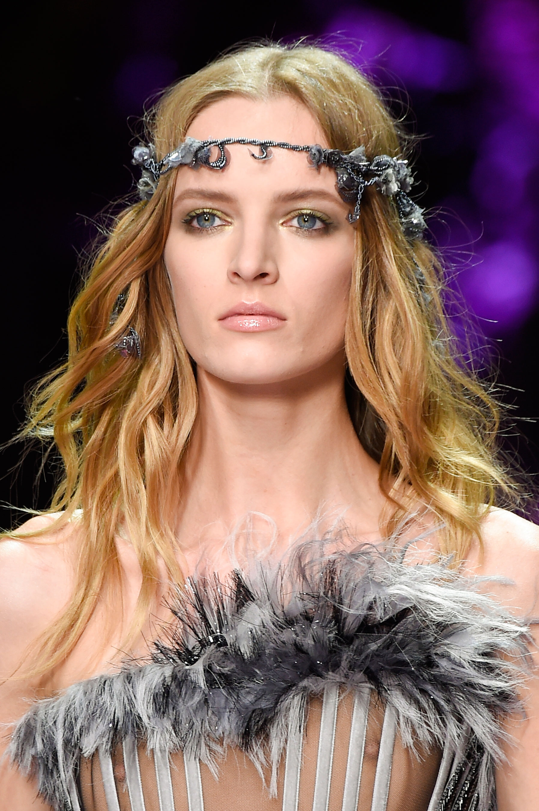 atelier-versace-close-ups-fall-2015-couture-the-impression-158