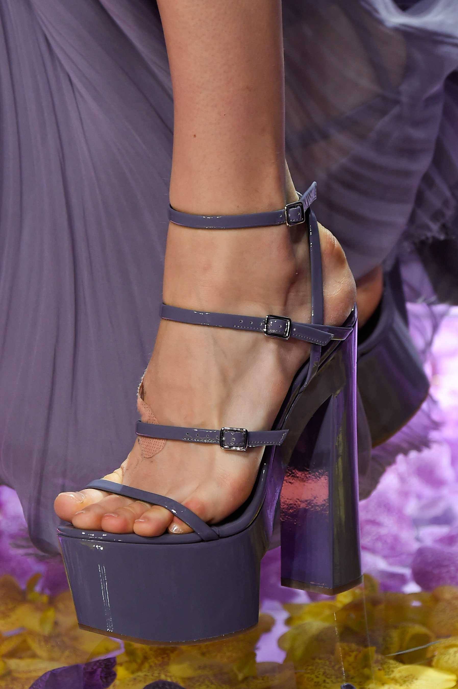 atelier-versace-close-ups-fall-2015-couture-the-impression-182