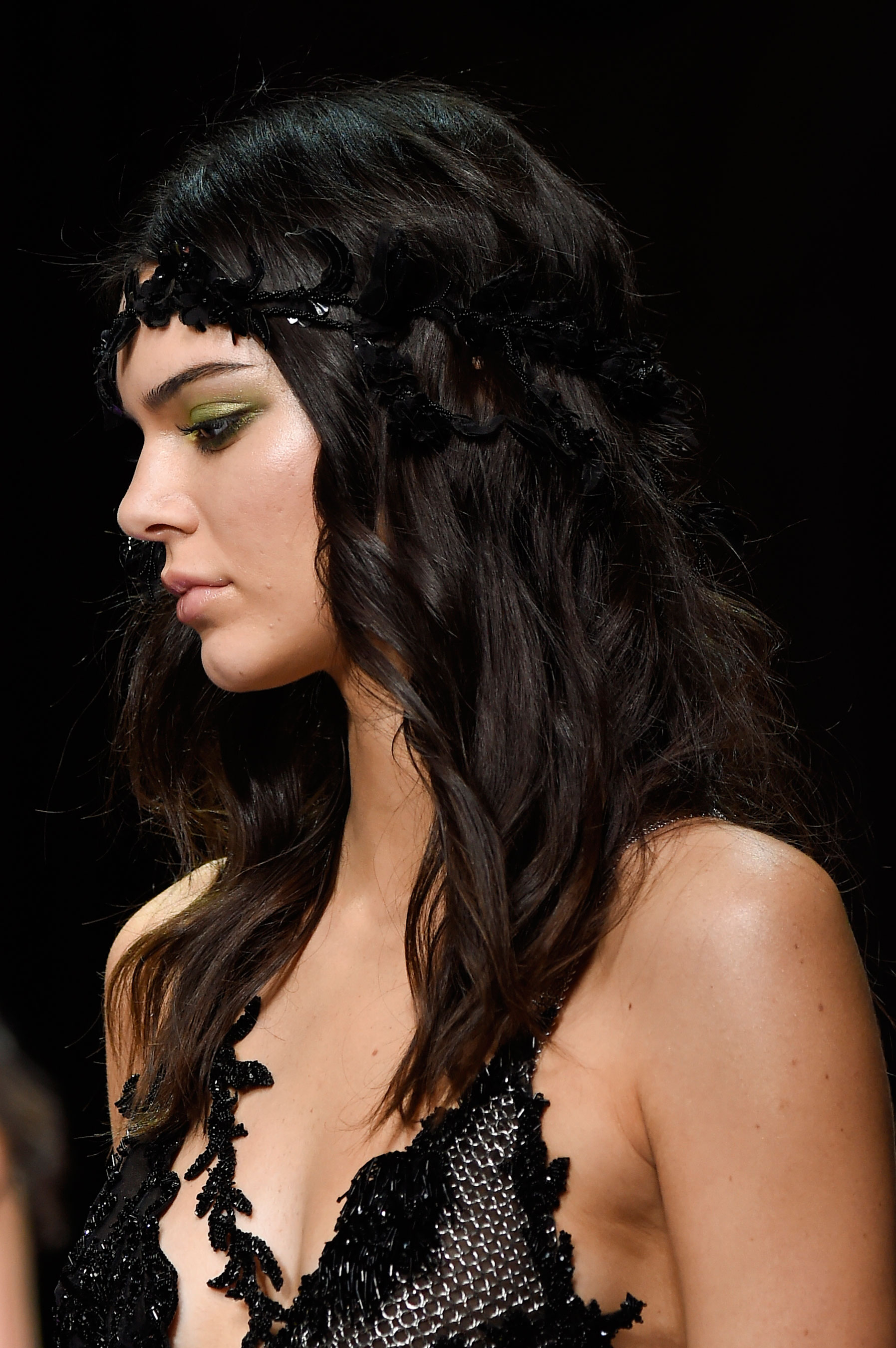 atelier-versace-close-ups-fall-2015-couture-the-impression-224