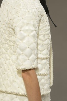 chanel-close-ups-fall-2015-couture-show-the-impression-027