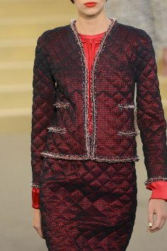 chanel-close-ups-fall-2015-couture-show-the-impression-035