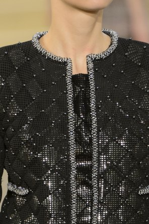 chanel-close-ups-fall-2015-couture-show-the-impression-058