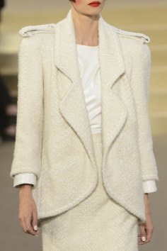 chanel-close-ups-fall-2015-couture-show-the-impression-098