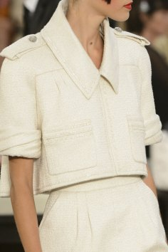 chanel-close-ups-fall-2015-couture-show-the-impression-110