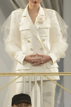 chanel-close-ups-fall-2015-couture-show-the-impression-203